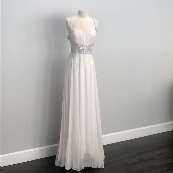 Monique Lhuillier Dresses & Skirts - Monique Lhuillier dress